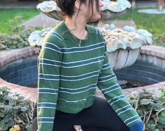 The Cole // Repurposed & Recycled Cropped Sweater / Oversized Sweater / Slouchy Sweater / VINTAGE / Urban Outfitters Style / S or M