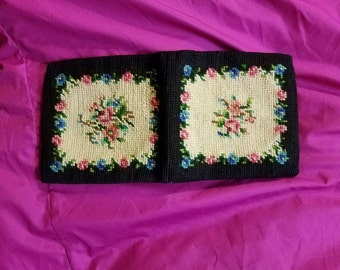 Sweet black rose/flower needlepoint wallet/coin/change purse