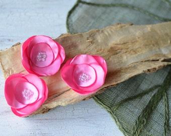 Satin fabric flowers, silk flower appliques, small satin roses, pink wedding flowers, bulk flower embellishment (3pcs)- BUBBLEGUM PINK ROSES