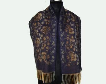 Plant patterned beige/violet scarf