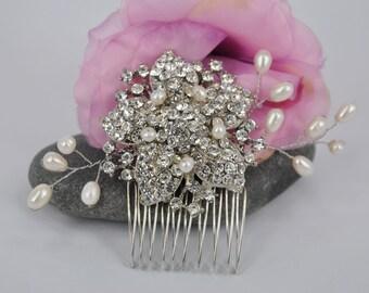 Sakura Blossoms - Vintage style Rhinestone and Freshwater Pearl Bridal hair comb