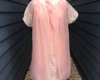 1970s Avian Lingerie Set // Pink Lingerie Set // Vintage Lingerie Set // Vintage Nightgown and robe