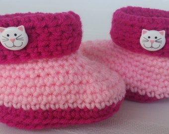 pink crochet baby booties,pink girl booties,crochet baby slipper,girl baby slippers,toddler girl slippers,crochet pink baby shoes,high tops