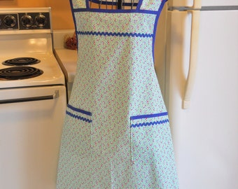 1940's Style Apron in Green with Red and Blue Floral in XXL