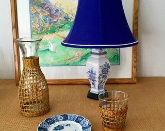 Vintage Blue and White Ginger Jar Chinoiserie Table Lamp, Floral Motif