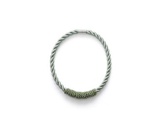 The Minty Spiral Necklace
