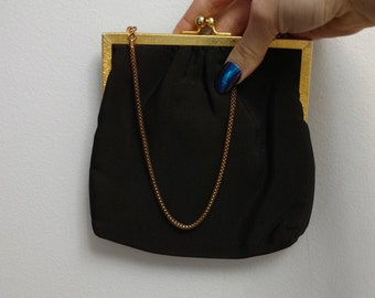 vintage 1950s brown clutch with gold lining