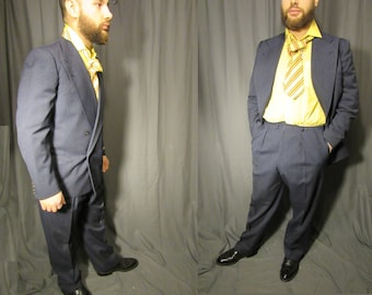 1940s Men's Twill Suit Richard Bennett New York City /1945/ Hand Tailored / Double Breasted Wool Peaked Lapels / Gray Blue Pleated & Cuffed