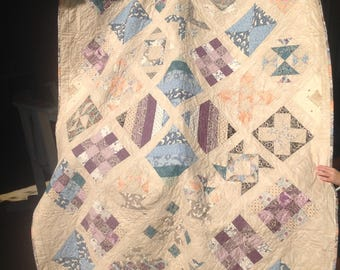 Downtown abbey quilted throw/ single bed quilt