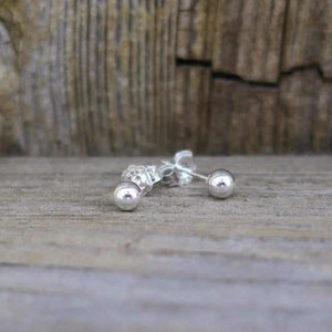 Vintage 925 Sterling Silver 4mm Ball Stud Earrings