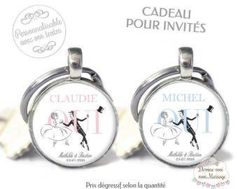 """Set of 10 personalized key chain """"Yes invited"""" - for a small personalized wedding gift"""