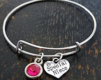 Niece Bangle Bracelet, Adjustable Expandable Bangle Bracelet, Niece Bracelet, Niece Charm, Niece Pendant, Niece Jewelry, Gift for Niece