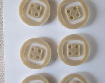 2 buttons 4 hole two-tone beige and white 15 mm
