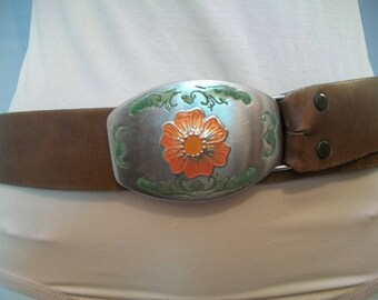 Vintage Hippie Lether Belt, with Enamel Metal Buckle, Fashion Belt, Vintage Fashion Belt, Size 32 Lether Belt