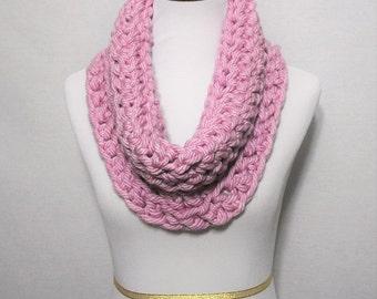 Pink Crochet Scarf, Crochet Cowl, Chunky Shoulder Wrap, Purple Pink Neck Warmer, Mauve Infinity Scarf, Pink Snood, Wrap Scarf