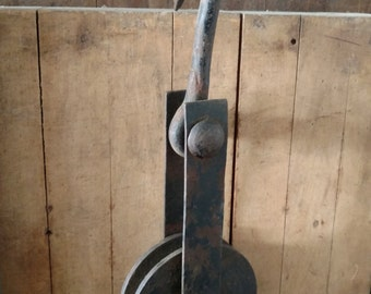 Vintage antique hook and pulley