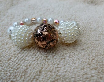 Cooper and Pearl Beaded Bracelet/Gift for her/Gift for Women/handcrafted/Handmade Bracelet/Ladies Bracelet/artisan bracelet