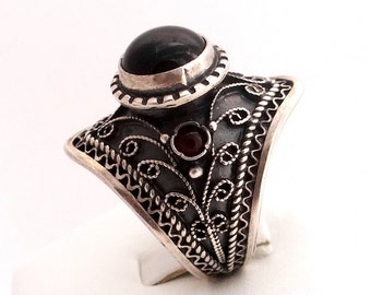 Sterling Silver Ring, Vintage Style Statement Ring, Garnet Ring, Filigree Ring, January Birthstone,  Gothic Ring, Round Stone Victorian Ring