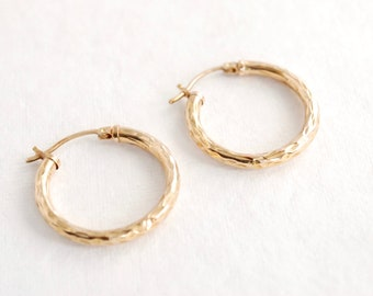 Dainty 10K Yellow Gold Hammered Hoops - 1 Inch - Gift - Vintage Jewelry - Earrings - For Her
