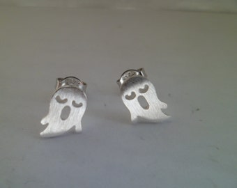 "925Silver.  Tiny stud earrings ""Spirit""."
