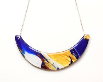 Blue Gold scoop necklace, modern resin necklace, wearable art necklace, chunky statement necklace, colourful curve necklace, gift for her