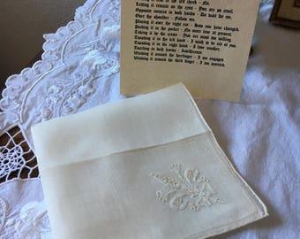 Hankie, Linens, Wedding, Handkerchief, Vintage Linen Handkerchief, Machine Stitched Floral Design, Bridal Handkerchief