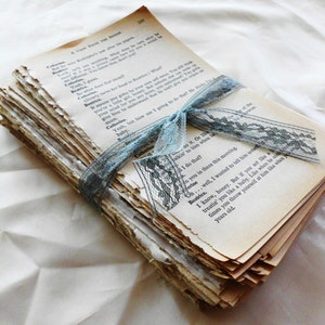 Vintage Book Page Bundle. Over 150 Pages of Beautiful Aged Patina'd Book Pages. Novel Pack. Old Book Pages for Crafting. Book Lover Gift
