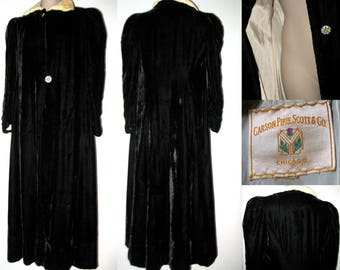 Vintage 1930s Long Opera Coat Black Velvet - Carson Pirie Scott - S/M Art Deco