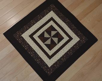 Brown Pinwheel Table Topper