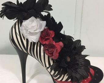 Silk Floral Arrangement in Black White Stripe High Heel Shoe Black Daisies