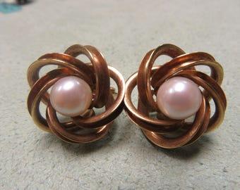 Pearl Earrings 18 Karat Yellow Gold 8.4 mm French Love Knot Earrings