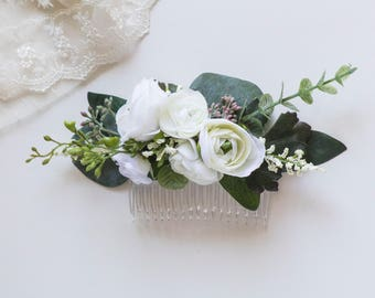 Ivory Eucalyptus Flower Comb | Silk Flower Hair Piece | Wedding Hair Clip | Chic White Flowers and Greenery