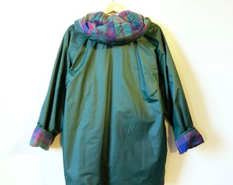 Flannel Lined Vintage Raincoat in Forest Green / Slouchy 80s Hooded Jacket / Spring Raincoat with Cozy Lining