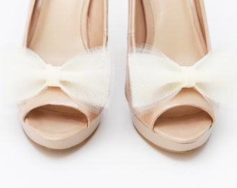 Ballerina's Bow wedding shoe clips ecru tulle bows