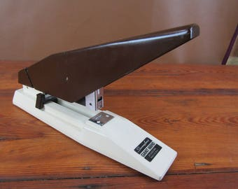 Heavy duty vintage Swingline stapler 660HD