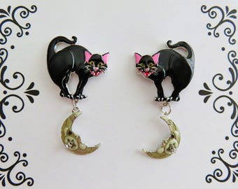 Never Worn/ Lunch At The Ritz Hissing Black Cat Post Earrings