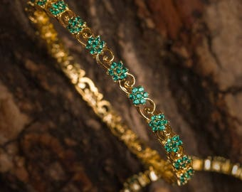 Revathi Emerald Bangles | Indian jewelry | Temple kundan gold jewelry | Bangles