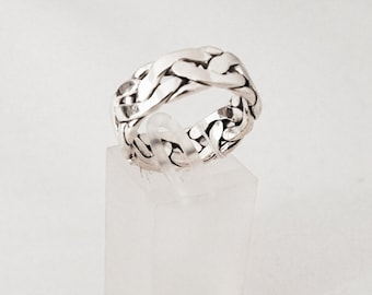 925 Silver linked man ring