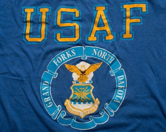 USAF T-Shirt, M, United States Air Force, Vintage 1980s, Grand Forks North Dakota Afb, US Military Branch ND Base, Aviation, Artex 50/50 Tee