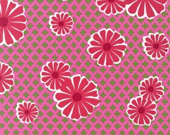 Organic Cotton - Magenta Daisies From Robert Kaufman's Pop Posies Collection