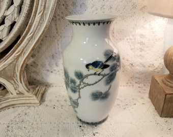 White Asian bird vase
