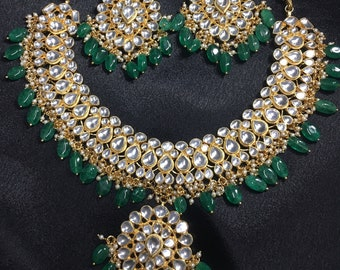 High quality beautiful Kundan necklace set with green beads