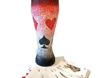 Poker cards decor pilsner bier glass birthday giftidea for poker players poker party special surprise for bier fans.