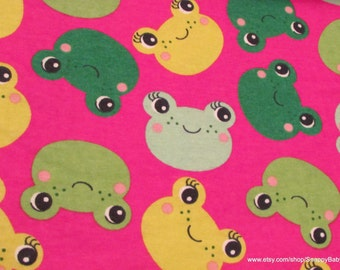 Flannel Fabric - Frog Heads - 1 yard - 100% Cotton Flannel