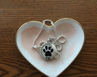 Wire Wrapped Dog Paw Print Pendant necklace