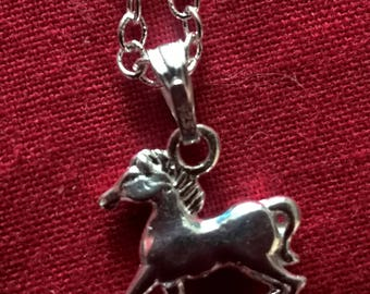 silver dainty horse pendant