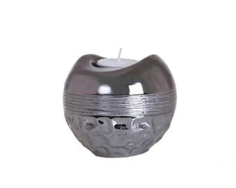 Contemporary silver candle holder