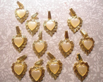 8 Goldplated Heart with Pearl Heart Pendants Charms