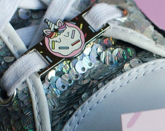 Unicorn donut enamel shoelace charms - cute- baking - magical - sprinkles - doughnut- silver - pin - trainers - shoes - lace locks