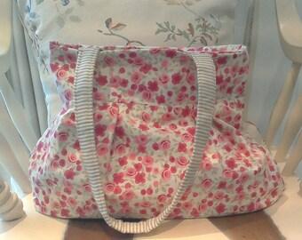Pretty Rosebud Fabric Handbag
